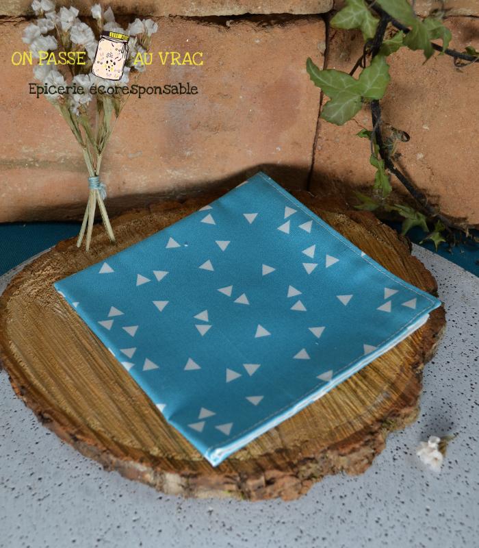 mouchoir_bleu_tissu_lavable_on_passe_au_vrac
