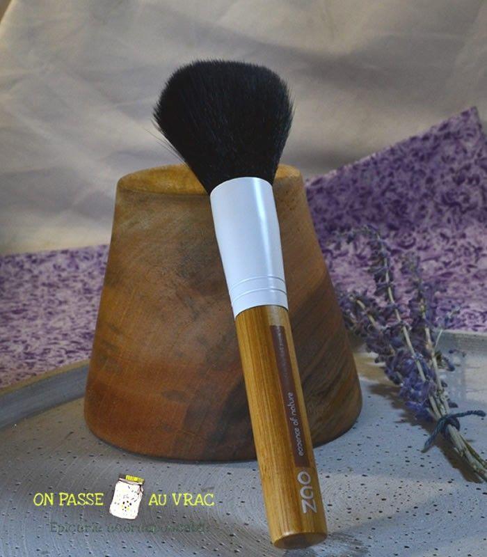 pinceau_fard_joue_bambou_maquillage_zao_cosmetique_vegan_on_passe_au_vrac